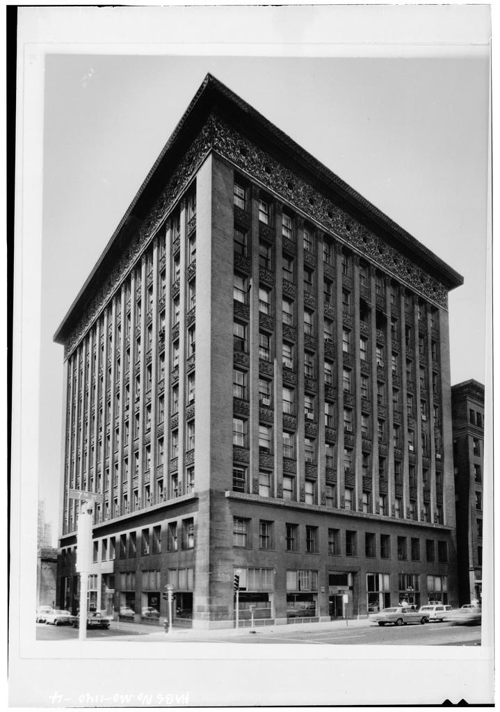 루이스 설리번이 디자인한 웨인라이트(Wainwright) 빌딩, 미국 세인트루이스, 1891. *출처: 플리커 크리에이티브커먼스 이미지 by whitewall buick